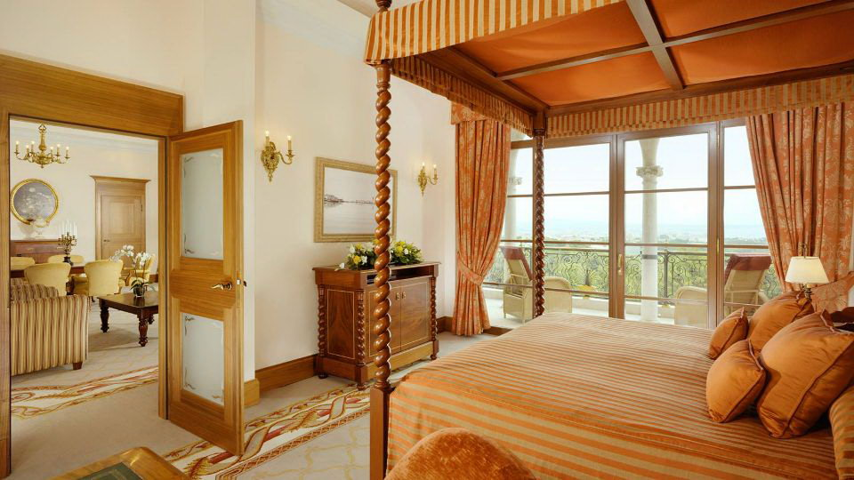 Luxury-five-star-hotel