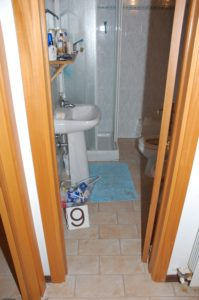 Cottage bathroom, as police observed, before coating it with blood revealing chemical that turns red after use.