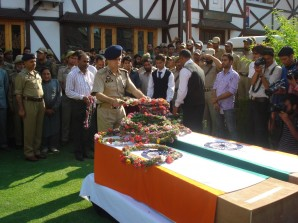 Wreath laying ceremony for two martyrs - Scoop News
