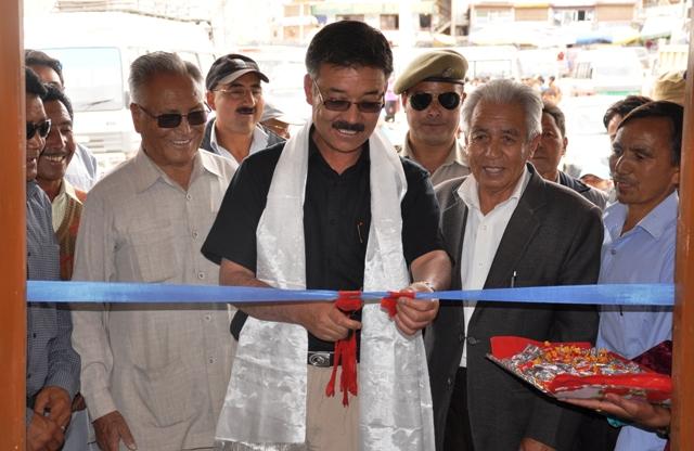 CEC inaugurating Ladakh Craft Bazaar-Scoop News