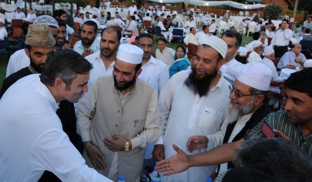 JK CM,Omar Abdullah at  Iftaar party-Scoop News