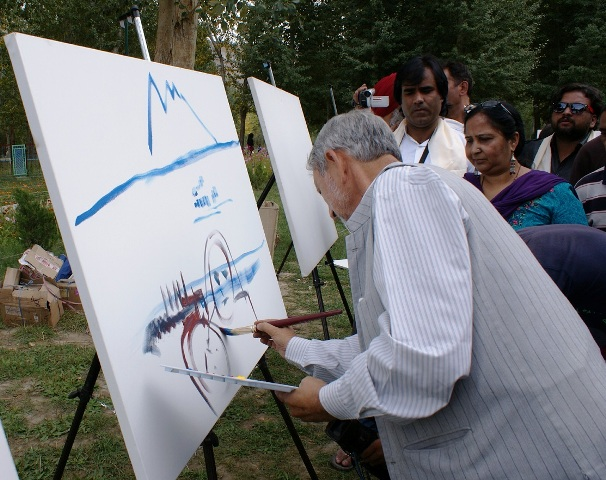 senior artist at work at All India painting Camp-Scoop News