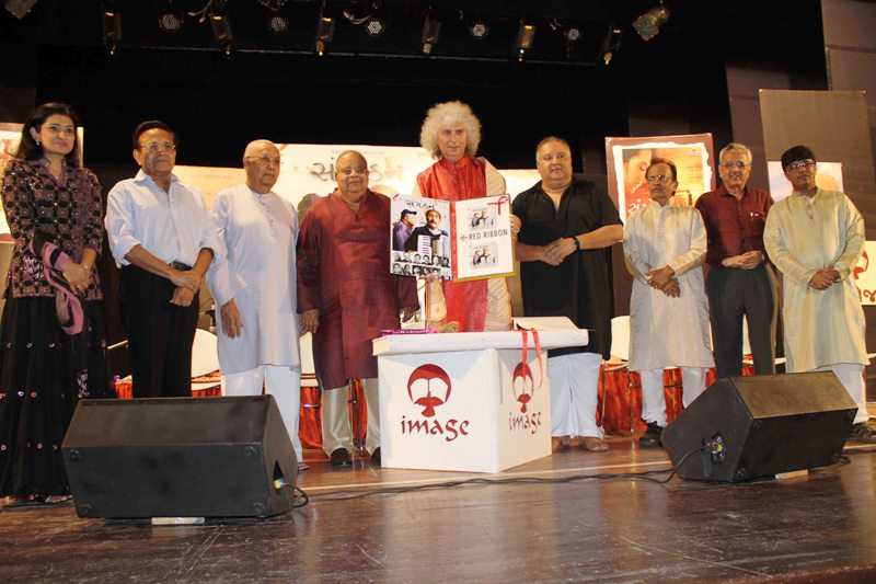"Pandit Shivkumar Sharma unveils the music album ""Sangathan""-Scoop News"