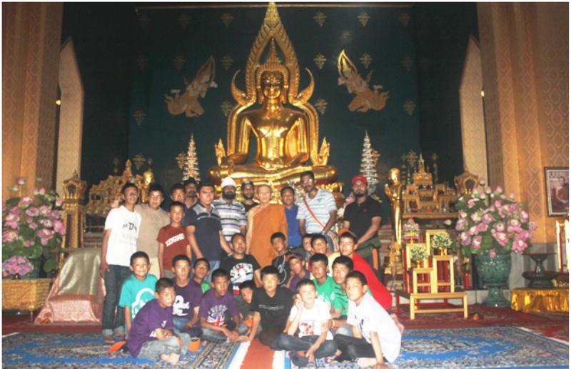 Students at Thai Temple Bodhgaya
