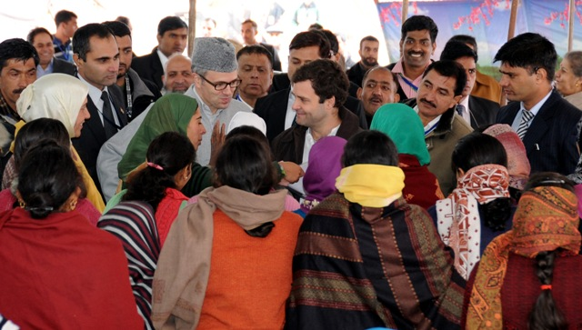 Chief Minister, Omar Abdullah with AICC, Vice President Rahul Gandhi interacting with UMEED beneficiaries during a function at Budgam-Scoop News