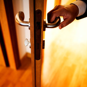 Copper door handles could help reduce infection rates at hospitals ...
