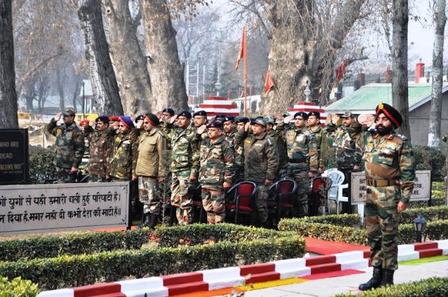 Chinar corps celebrates Vijay Diwas