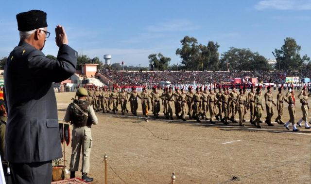 JK Governor took the salute at the march past of the smart contingents