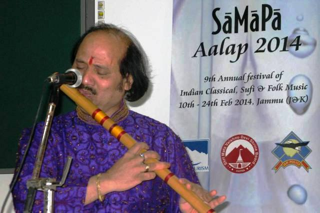 Pt. Ronu Majumdar presenting Flute recital on Day 2 of SaMaPa Aalap