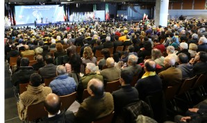 On the eve of the 35th anniversary of the anti-monarchial revolution, representatives of over 300 Iranian associations from all over the world held their first universal convention in Paris.