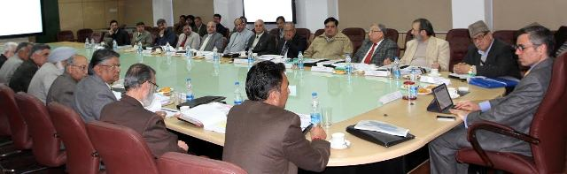 JK CM Chairs 1st meeting of State Higher Education Council