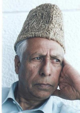 The maestro, legendary Sufiana music Artist and instrumentalist, Ustad Ghulam Mohammad Saaznawaz