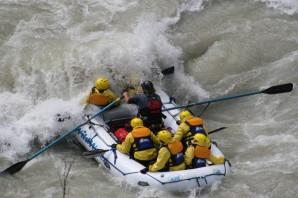 kicking-horse-rafting