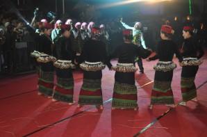 Chin Nayional Dancing