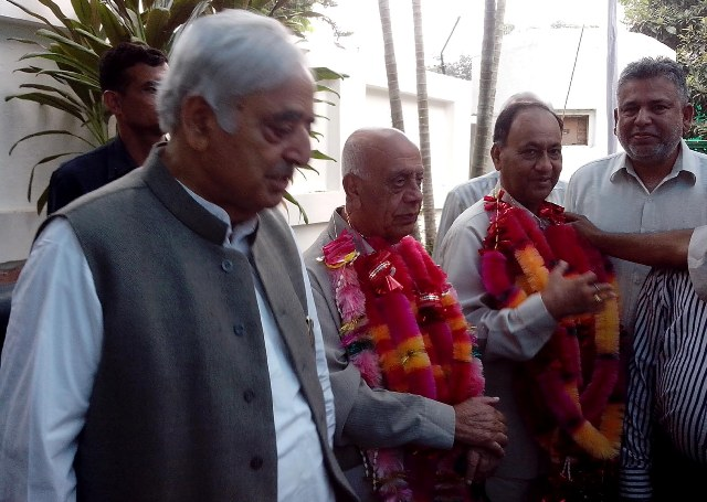 PDP Chief Mufti Syed, Former Dy CM & Congress leader Mangat Ram joining PDP