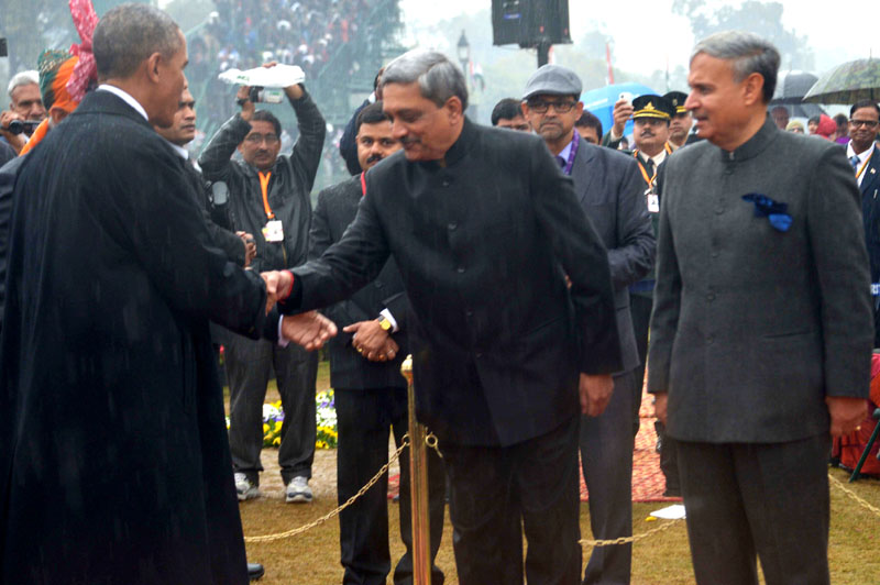 The Chief Guest US President, Mr. Barack Obama being received by the Union Minister for Defence, Mr. Manohar Parrikar, on his arrival at the 66th Republic Day Celebrations, in New Delhi on January 26, 2015.