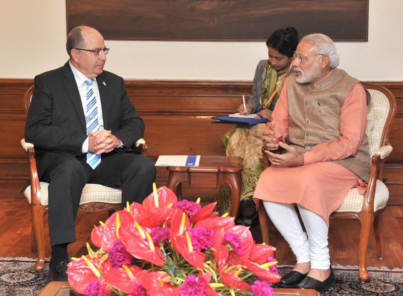 The Defence Minister of Israel, Mr. Moshe Ya'alon calls on the Prime Minister, Mr. Narendra Modi, in New Delhi on February 19, 2015.