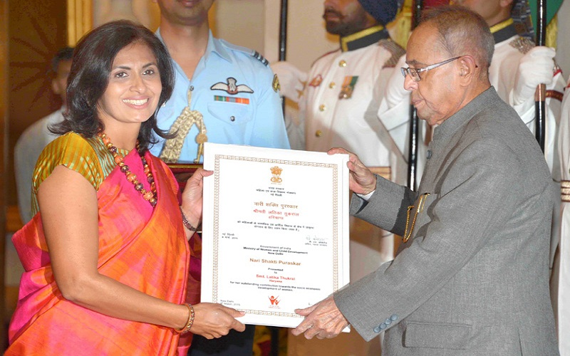 The President, Mr. Pranab Mukherjee presenting the Nari Shakti Award to Mrs. Latika Thukral (Haryana), at the presentation of Stree Shakti Puraskar 2014 on the occasion of International Women's Day, at Rashtrapati Bhavan, in New Delhi on March 08, 2015.