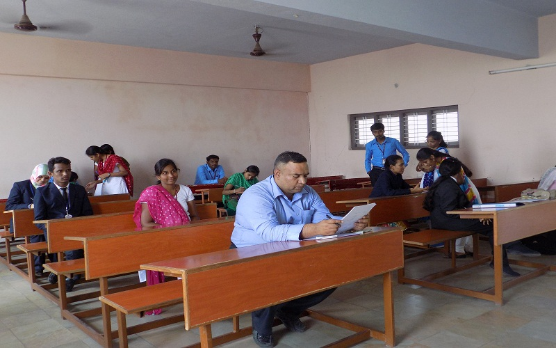 Students participating in National Level Management Meet (Manvits-2K15) in VITS, Proddatur on 07-03-2015.