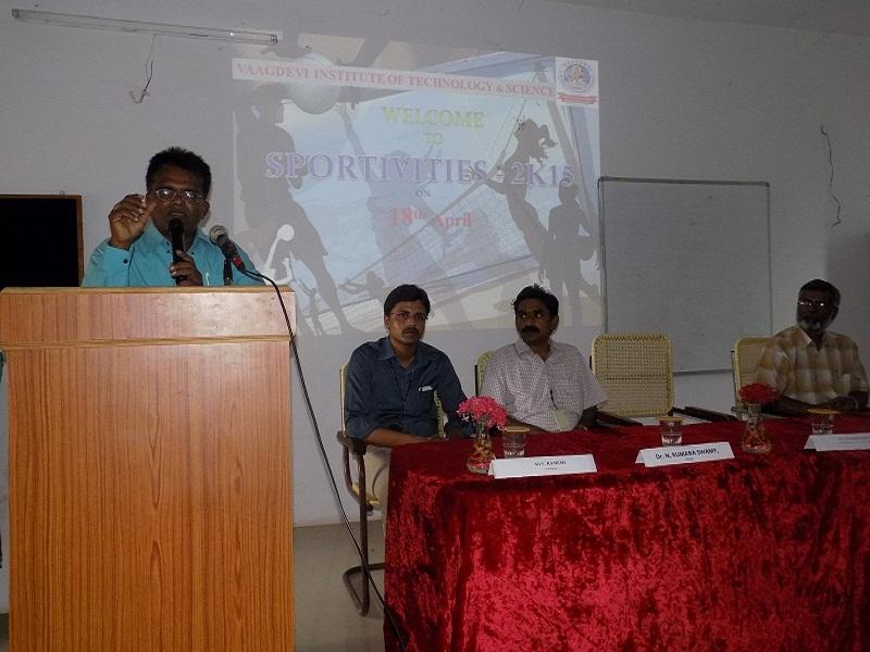 SCNR College Physical Director Mr. Mahabub Basha addressing the Sports Meet – 2K15 in VITS, Proddatur on 18.04.2015.