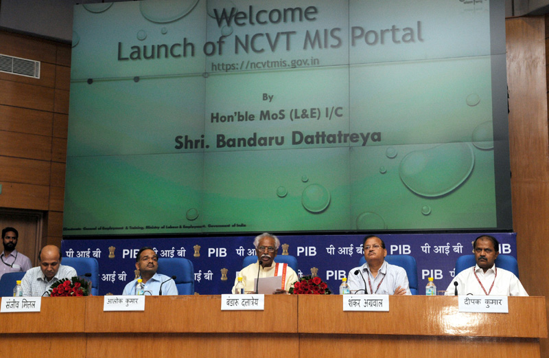 The Minister of State for Labour and Employment (Independent Charge), Mr. Bandaru Dattatreya addressing at the launch of the Digital India Initiative: NCVT-MIS Portal, in New Delhi on April 06, 2015. The Secretary, Ministry of Labour and Employment, Mr. Shankar Aggarwal and other dignitaries are also seen.