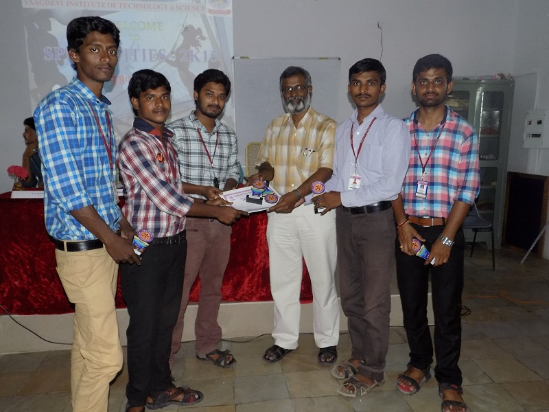 Winners receiving the Mementoes and Certificates of Appreciation from VITS Director Mr. PR Babaji in the Sports Meet – 2K15 in VITS, Proddatur on 18.04.2015.