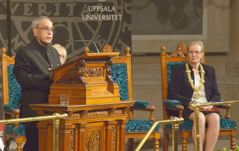 The President, Mr. Pranab Mukherjee addressing at the Uppsala University, in Stockholm, Sweden on June 02, 2015. The Vice Chancellor of Uppsala University and Margot Wallstrom, Minister for Foreign Affairs, Sweden, Ms. Eva Akesson is also seen.