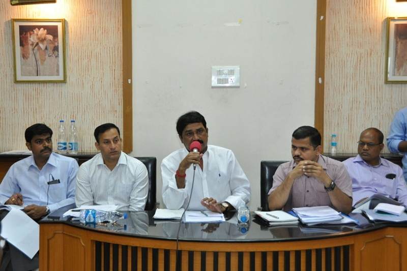 HRD Minister Of Andhra Pradesh Mr. Ganta Srinivasa Rao Reviewing With District Officers On Development Activities At Circuit House In Visakhapatnam On 07-07-2015.